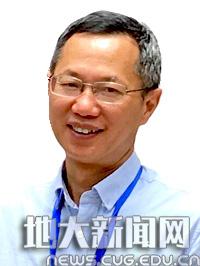【聚焦师德师风道德模范】胡祥云:...